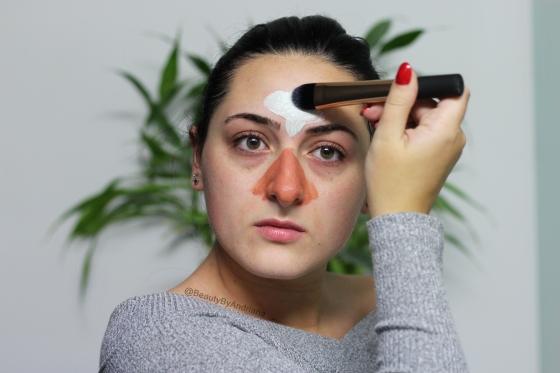 applying-loreal-purify-mattify-clay-mask